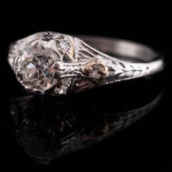 Vintage Platinum Diamond Engagement Ring. .75ct VS2 J $2000