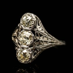 Laides 14k White Gold 3 Stone Diamond Ring. Approx. 3/4cttw $1000