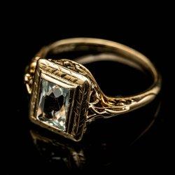 Ladies 14k Yellow gold Aquamarine Filagree ring. $300