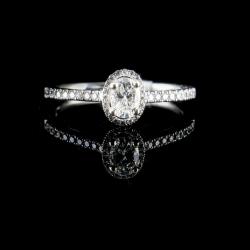 14k White Gold Oval Diamond Ring Center=.30ct Sides=.20cttw $1250