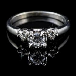 14 Karat White Gold Diamond Engagement Ring. Featuring an approximate .25ct center Diamond. $500